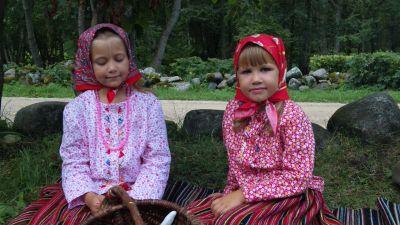Kihnu_lapsed