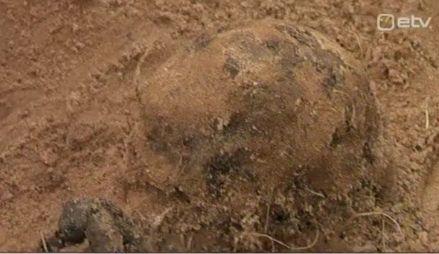 Kapo leidis Võru lähedalt metsast viie inimese luustikud